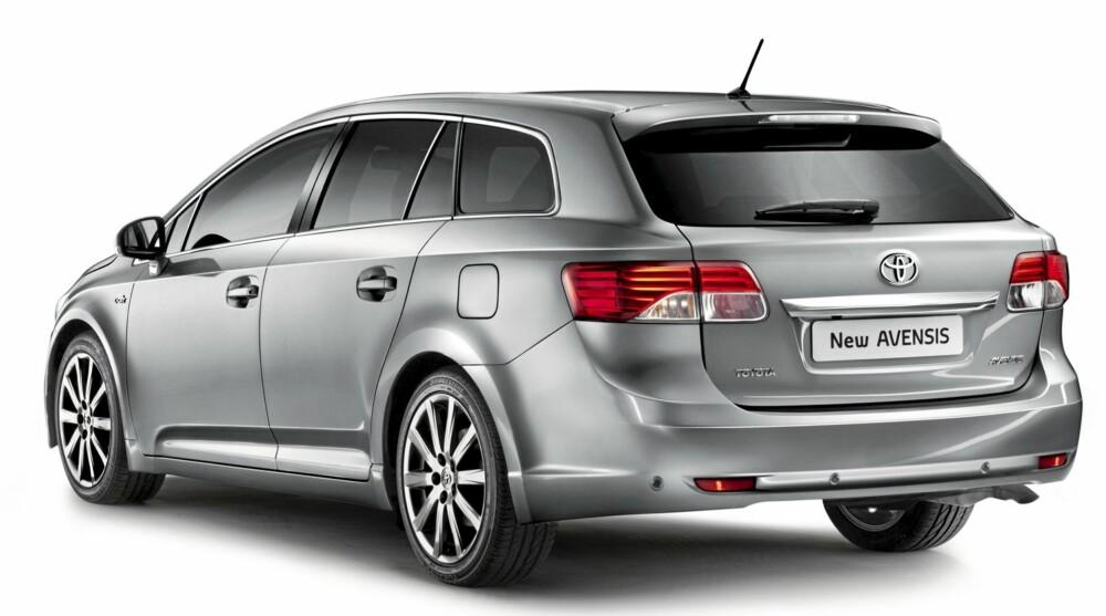 BESTSELGER: Toyota Avensis var Norges nest mest solgte stasjonsvogn i fjor, kun slått av VW Passat. Avensis ligger på tredjeplass så langt i år, etter VW Passat og Volvo V70.