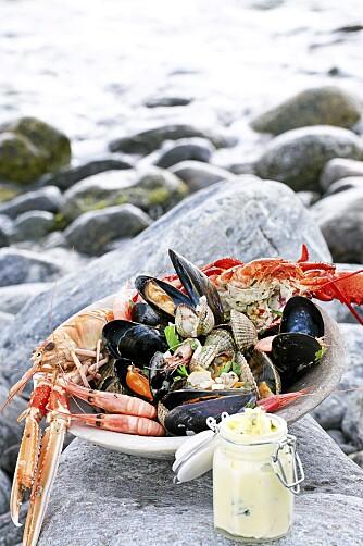La deg inspirere av vårt sjømatbilag og disk opp med enkle retter - rett fra havet. (Foto: Linnea Press)