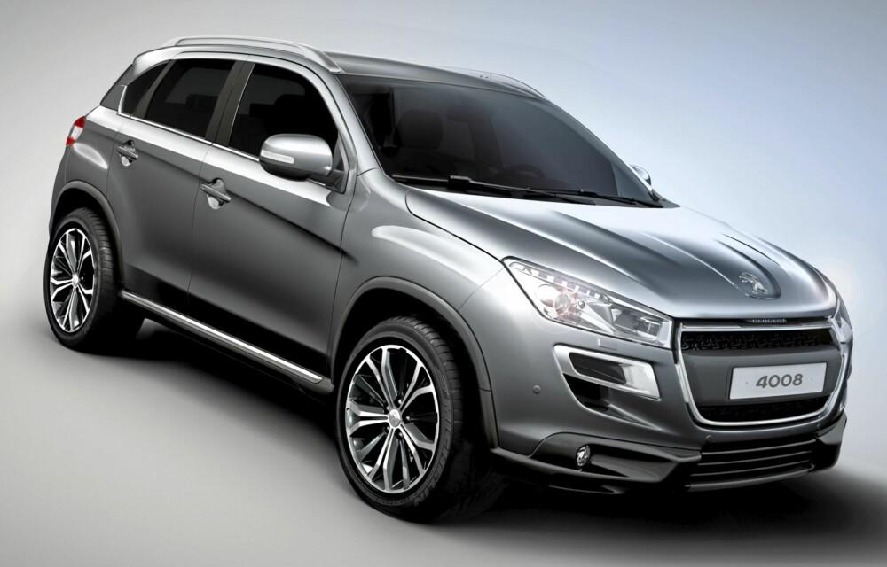 KAMP: 4008 blir Peugeots representant i bilklasse som er svært populær i Norge, kompakt-SUV-klassen, der Mitsubishi ASX er klasseledende.