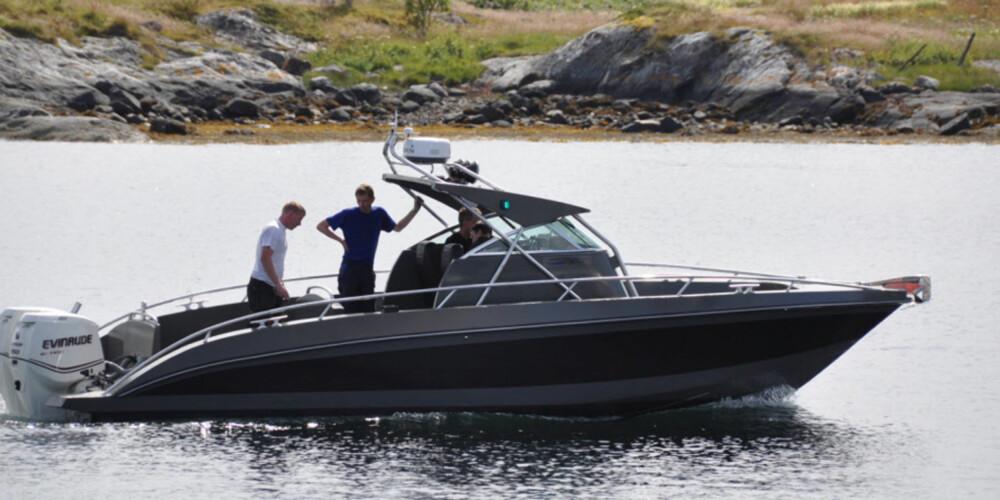 EKSTREM: Kaasbøll 900 Outboard skal være en ekstrem skjærgårdsjeep som kan ta det største innen utenbordsmotorer.