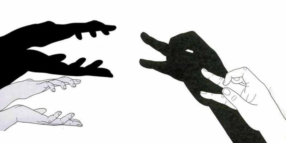 KROKODILLE OG AND: Åpne og lukke hendene for å få den farlige krokodillen til å glefse! Lag saksebevegelser med fingrene for å få fuglen til å kveke.