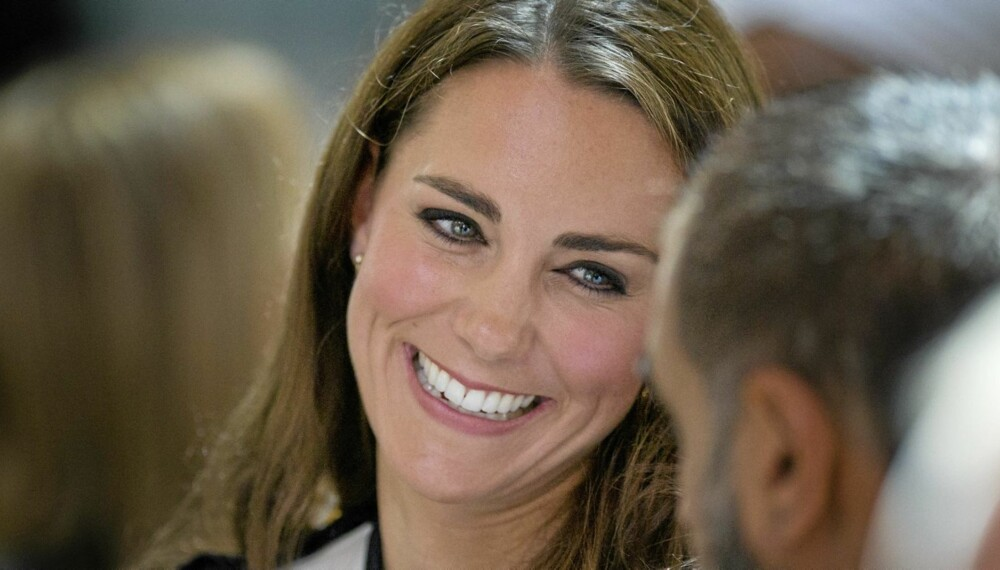 """SUPERSIZE KATE: For å legge på seg benytter Kate Middleton samme taktikk som Morgan Spurlock i filmen """"Supersize Me"""". Hun sier aldri nei takk til noe godt."""