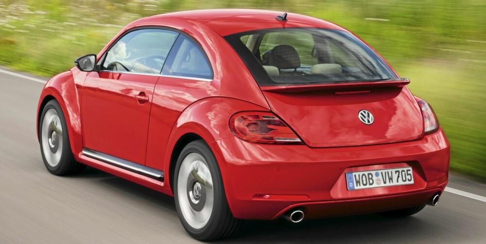 BOBLA: Den første retromodellen VW Beetle ble ingen suksess i Norge. Nye Beetle ser bedre ut og er bedre priset. FOTO: VW