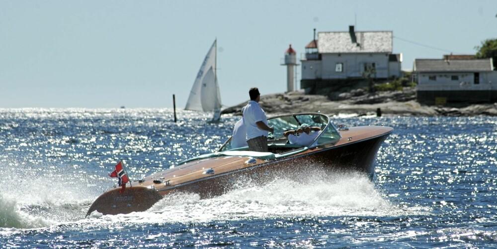 RESTAURERT: Båten gjennomgikk en omfattende restaurering for ti år siden og da var det i hovedsak kalesje og deler av interiøret som trengte en oppjustering.