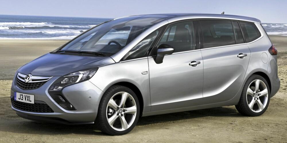 MPV: Opel Zafira kan fås med en smart innbygd sykkelholder med plass ti fire sykler. (Foto: Opel)