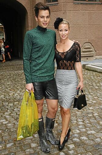 KNOLL OG TOTT: Stylist og Lene Alexandras bestevenn Jon Lundemoen er også med i reality-serien.
