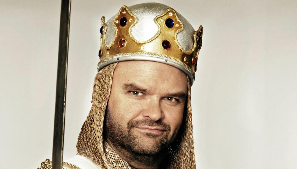 """ARTIG ARTHUR: Atle Antonsen skal spille hovedrollen i Monty Python-musikalen """"Spamalot"""" på Folketeatret i 2012."""