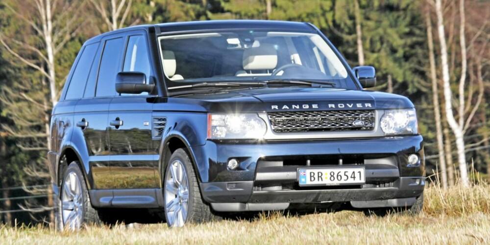 ROBUST: På den ene siden er Range Rover Sport bygd for storslåtte opplevelser på vei. På den annen side har den en offroadpakke som gjør at den sjelden lar seg stoppe.