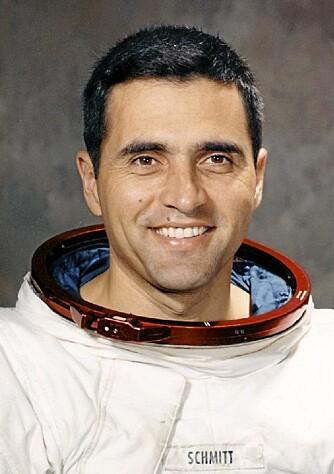 Med geologiutdannelse fra blant annet Universitetet i Oslo var Harrison Schmitt den eneste astronauten uten flygerbakgrunn som fikk dra til Månen på den siste ferden.
