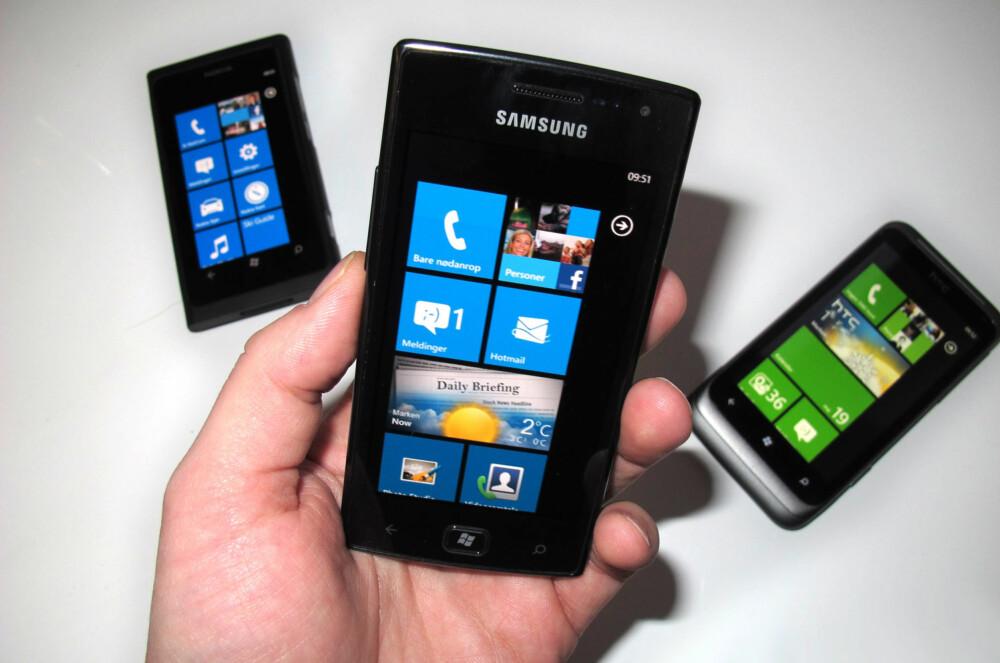 WINDOWS-GJENGEN: Det finnes etterhvert flere Windows-mobiler på det norske markedet. Her ser du (f.v.) Nokia Lumia 800, Samsung Omnia W og HTC Radar.