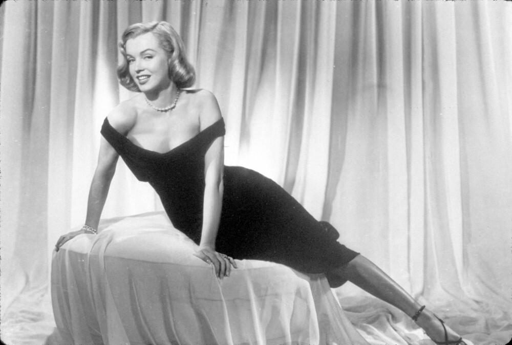 FEMME FATALE: Marilyn Monroe spilte elskerinnen til en av hovedrollene i filmen Asphalt Jungle fra 1950.