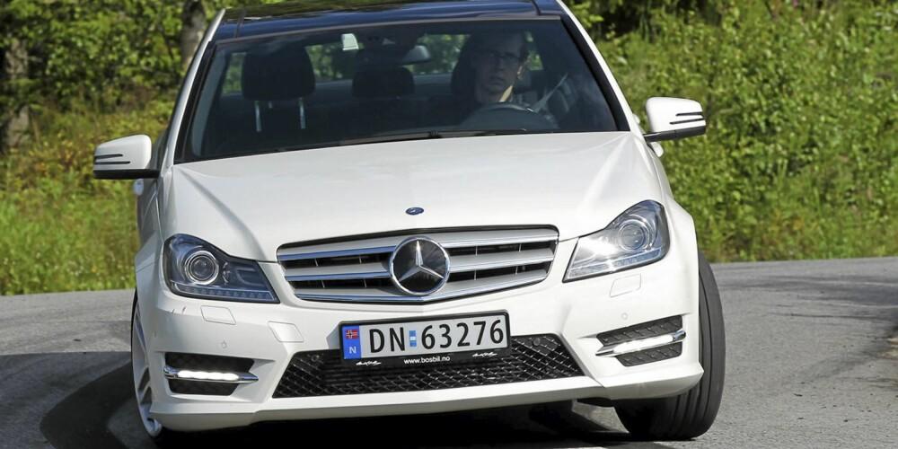 NYE TAKTER: Mercedes-Benz har i likhet med flere andre produsenter nå kjappe og nøysomme bensinturbomotorer til hyggelige priser.