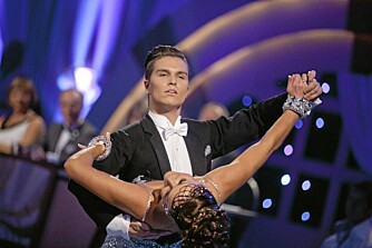 DANSELØVE: Atle Pettersen og dansepartner Marianne Sandaker vant finalen i fjorårets Skal vi danse.