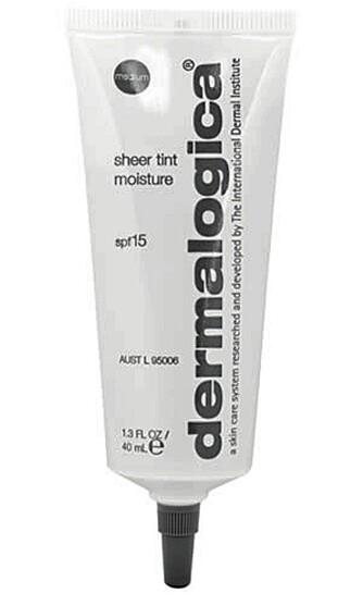 Etter press fra markedet velger nå Dermalogica å fjerne parabenene. Dermalogica Sheer tint moisture spf.15 370 kroner.