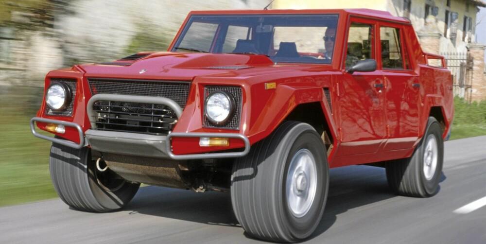 ØRKEN-SUV: Legendariske Lamborghini LM002 kan omsider få en etterfølger.