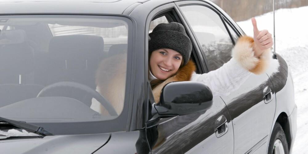 LANG VEI: Mange unge i Norge har en lang vei å kjøre før de endelig kan oppleve friheten med å kjøre egen bil. Illustrasjonsfoto: Colourbox.no