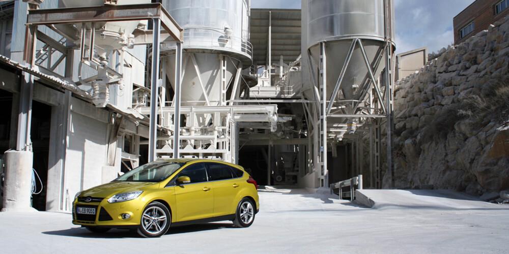 KJØRER BRA: Med den lille motoren blir det mindre vekt over forakselen, og det gir enda bedre kjøreegenskaper.