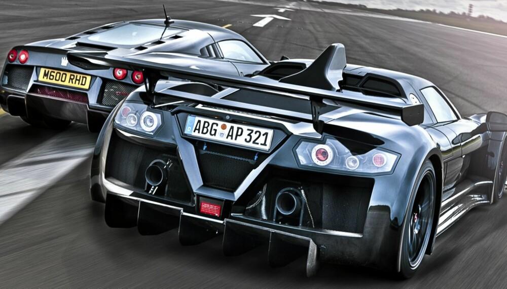 BATTLE: Noble M600 (t.v,) og Gumpert Apollo S er begge er beintøffe spillere på superbil-scenen, kompromissløse rebeller, og bilene du er ute etter når Ferrari, McLaren, Mercedes og selv Bugatti, ikke blir ville nok.