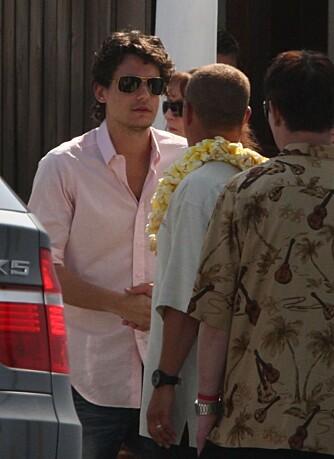 John Mayer i Cameron Diaz' fars minnestund