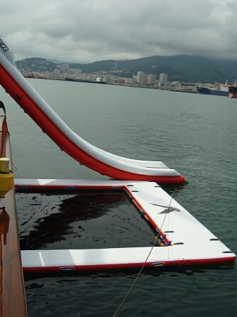 BASSENG: Et lite oppblåst basseng kan være kjekt å ha, med nett som hindrer svømmende småkryp å komme inn. Foto: Ocean Inflatable