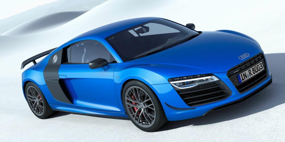 FØRST: Audi R8 LMX ser ut til å bli verdens første serieproduserte bil med laserlys som standard. I Tyskland kan modellen allerede bestilles. Der koster den fra 210 000 euro. Det er rundt 35 000 euro mer enn startprisen til Audi R8 V10 plus. I Norge er ikke prisen på Audi R8 LMX klar. Audi R8 V10 plus har i Norge en startpris på 2 381 200 kroner. FOTO: Audi