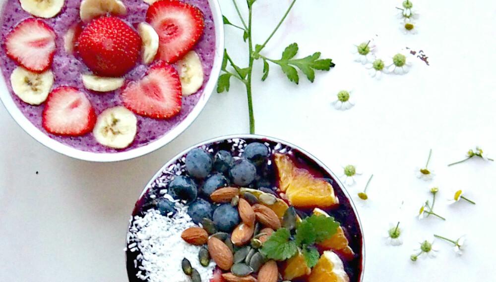SUNN SMOOTHIE: Sunt, næringsrikt og farlig godt! Fin din favorittoppskrift eller komponer din egen supersunne smoothie bowl.