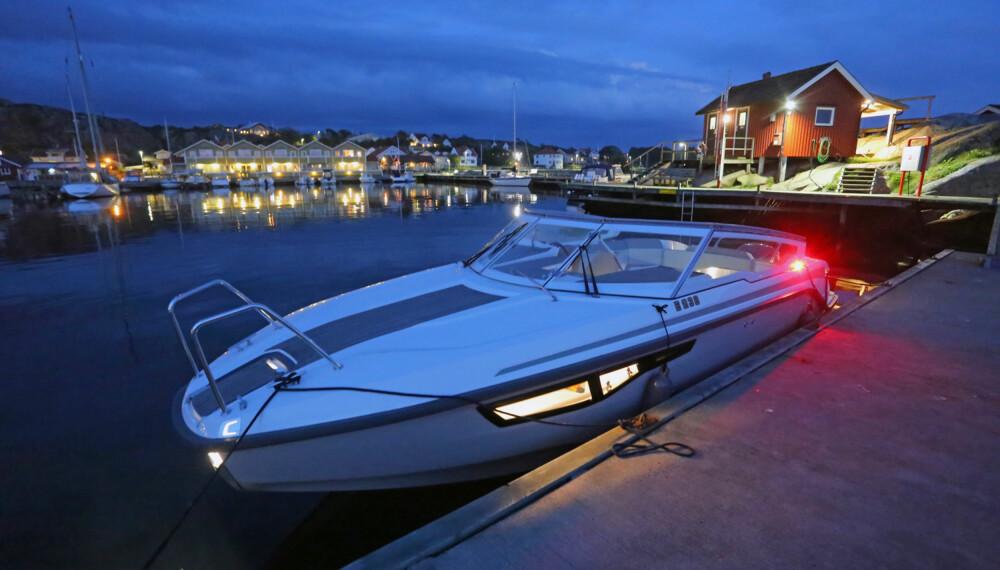 FORTØYD OG FORNØYD: Etter 100 nautiske mil er det på tide å gå til ro, både for båt og skipper. (FOTO: Terje Bjørnsen)