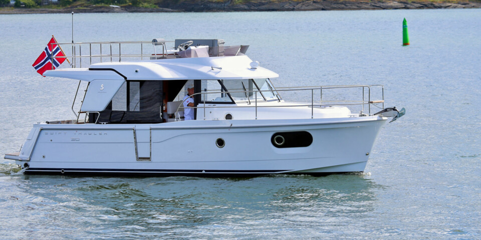 KLAR FOR TUR: Swift Trawler ser passelig røff-tøff ut og klar for oppdrag norskekysten. (FOTO: Terje Bjørnsen)