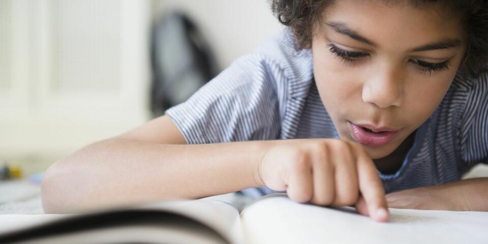 DYSLEKSI HOS BARN: Dersom du som forelder eller lærer mistenker at barnet har dysleksi, skal det gjennomføres en test for å avdekke om dysleksi er et faktum hos barnet. FOTO: Getty Images.