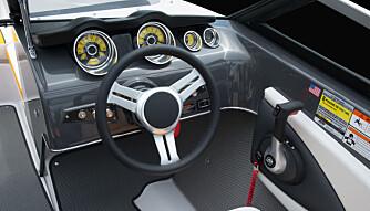 BILINSPIRERT: Dashbordet kunne vært plukket fra en sportsbil. (FOTO: Gastron)