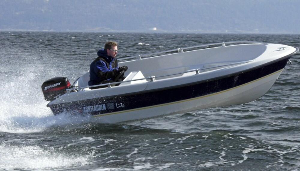 FORNUFTIG: En brukt Askeladden 435 Lite er en allsidig og rimelig familiebåt.