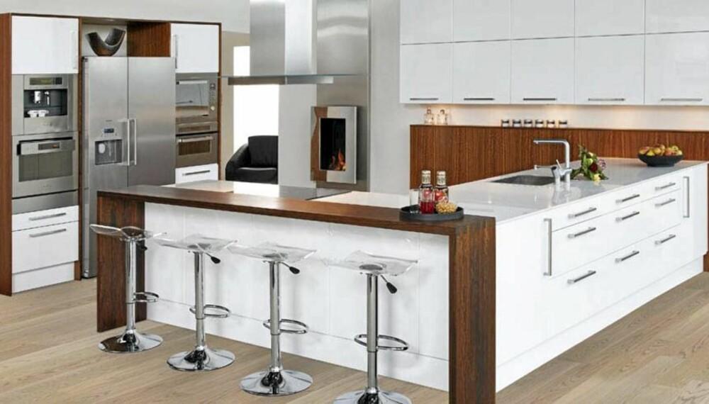 DESIGNA LUNA HVIT: Bildet viser kun hvordan Designas kjøkken i testen ser ut, og ikke de nøyaktige kjøkkenmodulene som er prissatt.