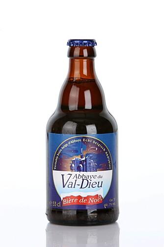 SARTE KRYDDERTONER: Abbaye du Val-Dieu Bière de Noël har en sødmefull smak med preg av mørk sirup og sarte kryddertoner.