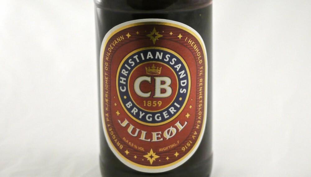 BEST AV MAKROØLENE PÅ VINMONOPOLET: CB Juleøl har god fylde og lengde med fin bitterhet. Et godt øl, men kanskje ikke så juletypisk.