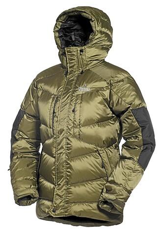 SMAL: Dunjakken fra Tierra har et noe smalt snitt, men ellers er jakken meget bra.