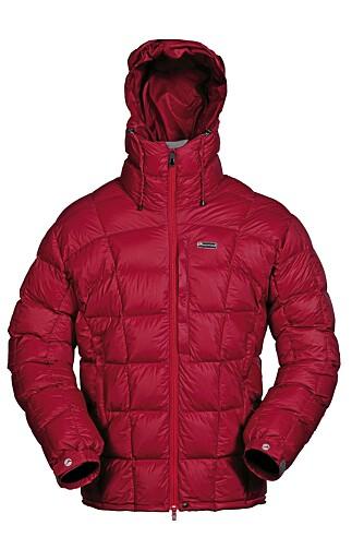 TIL DAGLIG BRUK ELLER SKI: Montane North Star Jacket er en lett jakke som passer både til daglig bruk eller til ski.