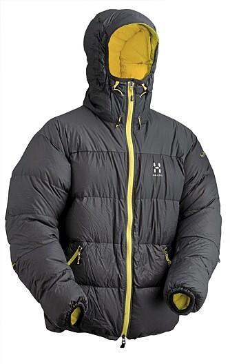 TIL KALDE dager: Hagløfs LIM Down Hood er et godt valg til kalde dager.