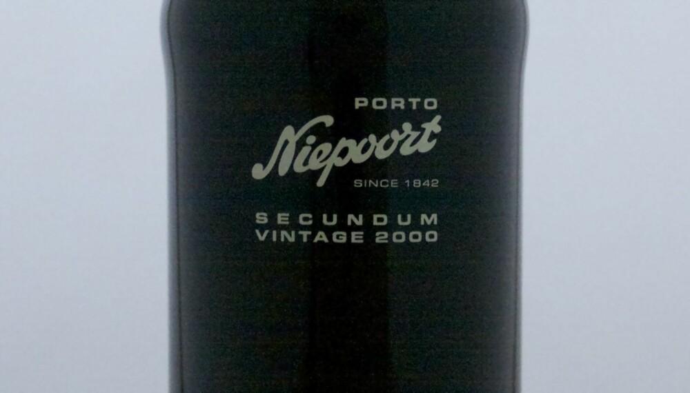 FLOTT JULEGAVE: Niepoort Secundum Vintage Port 2000.