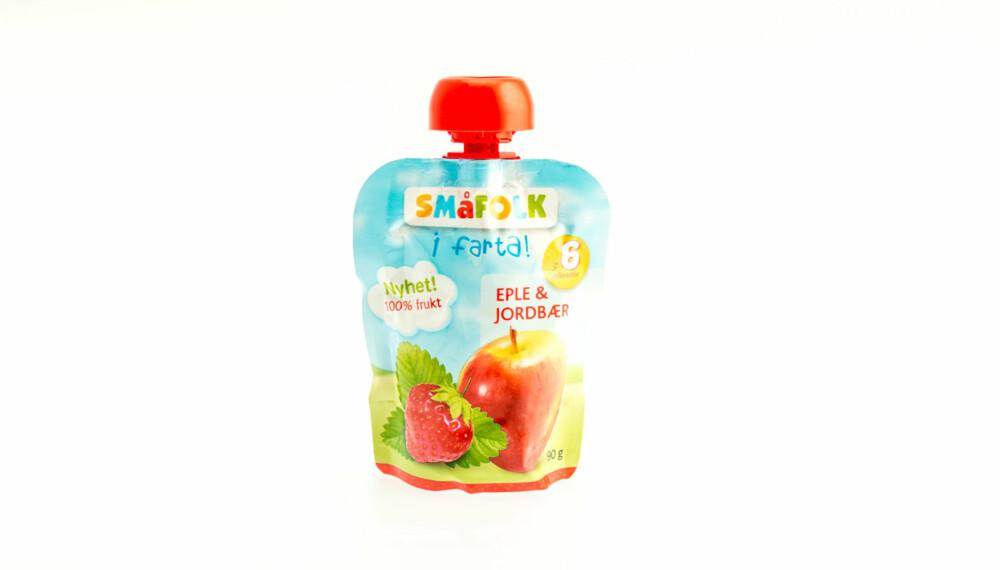 TEST AV FRUKTMOS OG SMOOTHIE: Småfolk i farta, eple og jordbær.