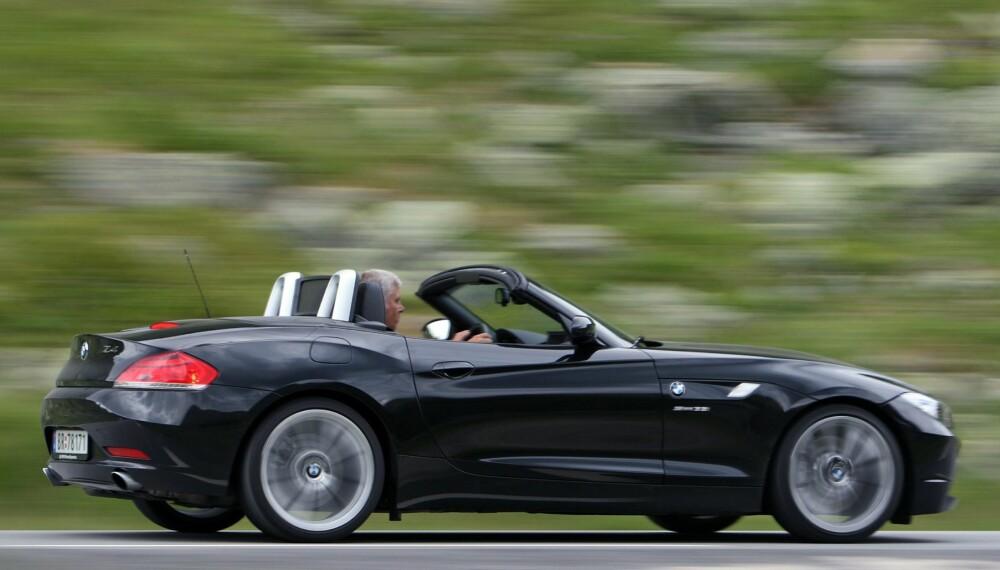 REN KJØREGLEDE: Kjøreglede på fire hjul trenger ikke koste skjorta. BMW Z4 er et av flere gode eksempler på at brukt sportsbil gir mye moro for pengene.