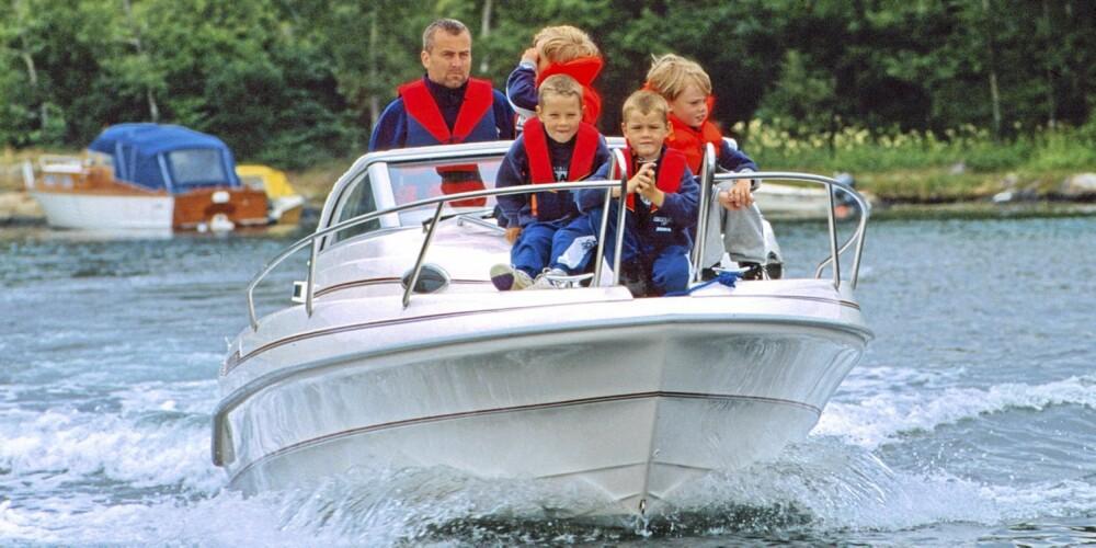 FOR FAMILIEN: Utformingen av Skibsplast 605 gjør at det er en utmerket bruktbåt for små barn.