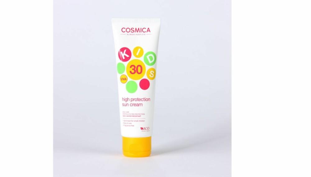 TEST AV SOLKREM FOR BARN: Cosmica Kids high protection sun cream.