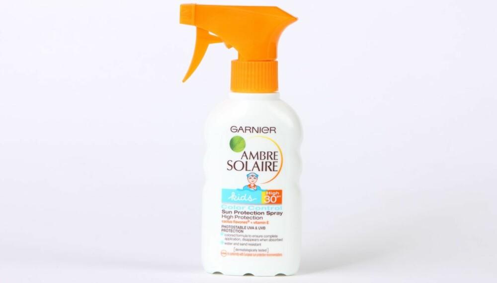 TEST AV SOLKREM FOR BARN: Garnier Ambre Solaire kids color control sun protection spray.