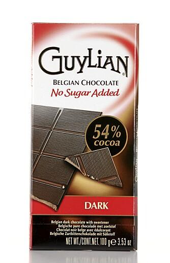 LITE BITTERHET: Sjokoladen fra Guylian har lite bitterhet, men grei sødme.