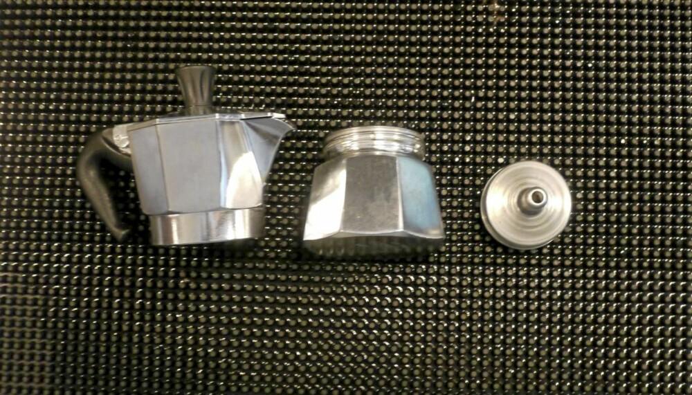 Få deler: Bialettikannen består av få deler, det gjør den enkel å bruke.