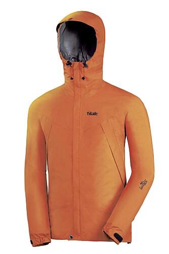 ALLROUNDER: Tilak Storm jakke.