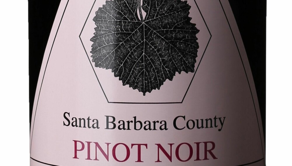 GODT KJØP: Au Bon Climat Santa Barbara County Pinot Noir 2014.