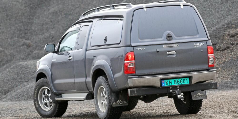 Toyota Hilux Artic Trucks pickup test SML januar 2014 Toyota Hilux Arctic Trucks pickup test SML januar 2014