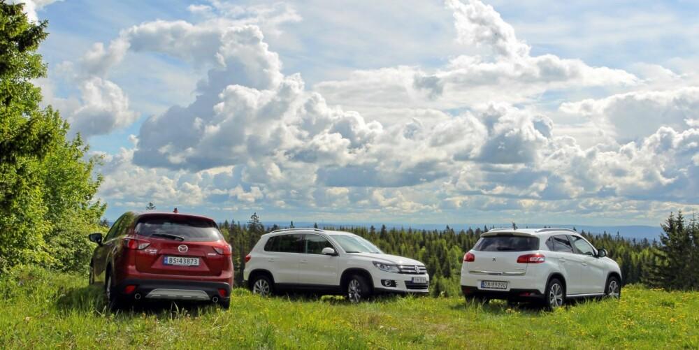 TO KJENTE: Selv om Peugeot 4008 er en ny bil, er det ikke til å komme unna at det i praksis er samme modell som Mitsubishi ASX. Derfor anser vi kun CX-5 som en helt ny modell.