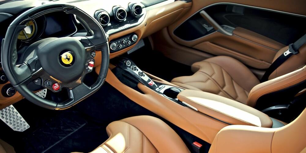 HERLIG: Urtypisk Ferrari-kupé - herlig lagd - veldig brun.